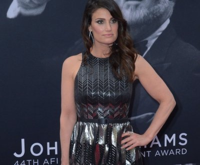 Idina Menzel announces engagement to Aaron Lohr