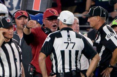Arizona Cardinals' Bruce Arians rips non-call blocked field goal ruling