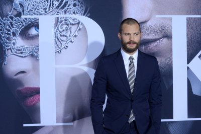 Jamie Dornan and Halle Berry to be presenters at the Oscars