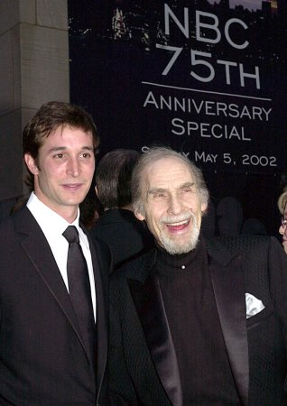 Comedy legend Sid Caesar dies at 91