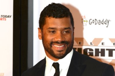 Russell Wilson won't bring Ciara to White House Correspondents' Dinner