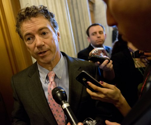 Rand Paul stalls Senate action on Patriot Act for nearly 11 hours