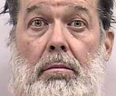 Suspect in Colorado Planned Parenthood shootings not mentally fit for trial, expert says