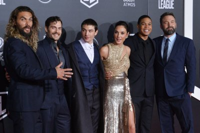 Batman, Wonder Woman bring heroes together in 'Justice League': What we know