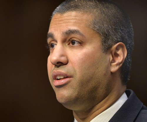 FCC rolls back local media ownership limits