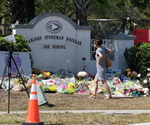 Parkland shooting survivors sue sheriff, superintendent