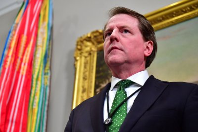 Trump announces departure of White House counsel Don McGahn