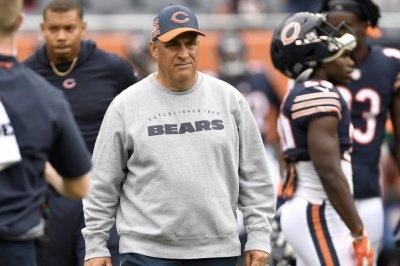 Reports: Broncos hire Bears DC Vic Fangio