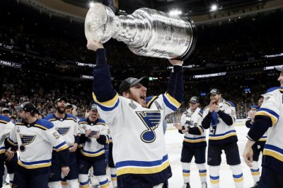 St. Louis Blues beat Boston Bruins, capture first Stanley Cup