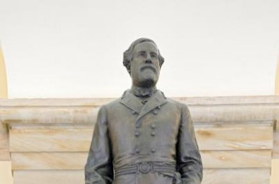 Virginia lawmakers urge governor to replace Robert E. Lee statue on Capitol Hill