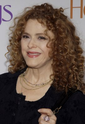 New York's Drama League to honor Bernadette Peters