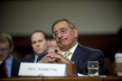 Panetta warns against deeper defense cuts
