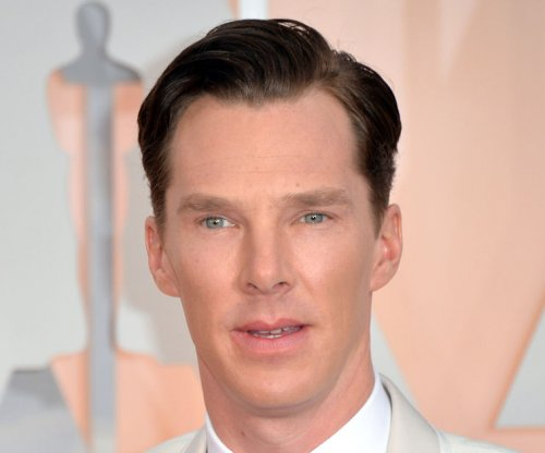 Benedict Cumberbatch to star in Victorian-era 'Sherlock' episode