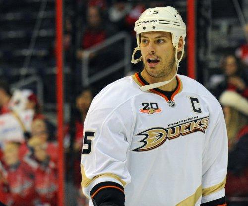 Ryan Getzlaf's good bounce goal gives Anaheim Ducks 2-0 series lead