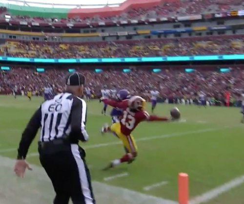 Washington Redskins practice-squader needs just one hand for NFL Catch of the Year