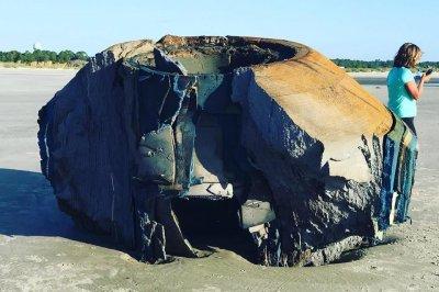 Look:-Large-object-washes-up-on-South-Carolina-island