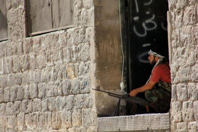 Syria rebels claim control of Yarmouk camp