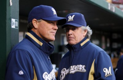 Brewers fire Manager Ned Yost