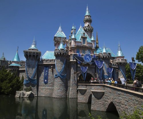 Disneyland's new annual pass tops $1,000