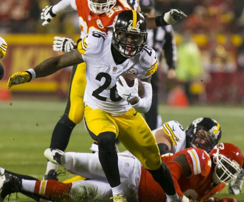 School puts brakes on Le'Veon Bell as fan's prom date