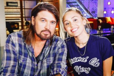 'The Voice': Billy Ray Cyrus to advise Miley's team in Season 13