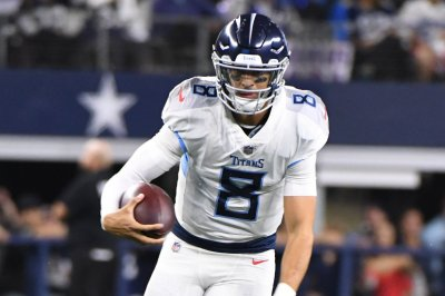 Titans waste Mariota's flawless performance in 34-17 loss to Texans