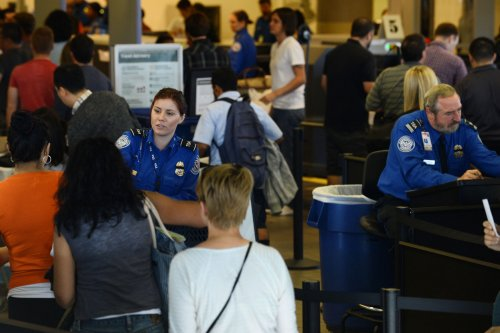 One-tenth of TSA workers calling in sick during federal shutdown