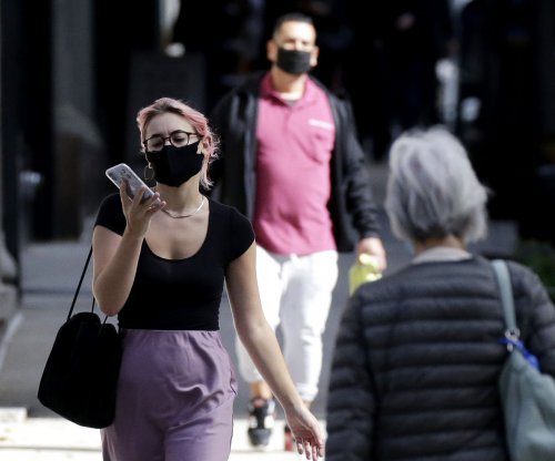 More than 90% of people in U.S. using masks, poll finds