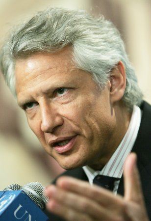Dominique de Villepin takes on Sarkozy