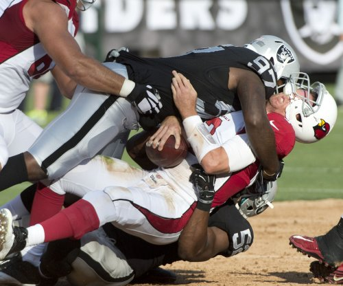 NFL roundup: Oakland Raiders lose Menelik Watson for season, game