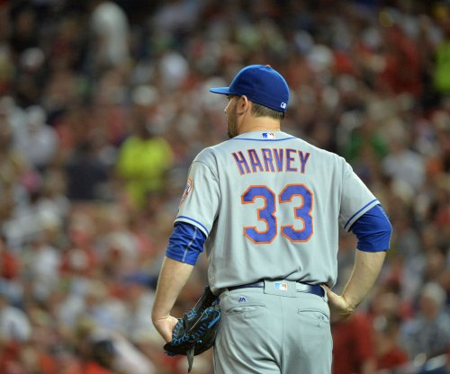New York Mets place RHP Matt Harvey, 2B Neil Walker on disabled list