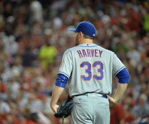 New York Mets place RHP Matt Harvey, 2B Neil Walker on disabled list