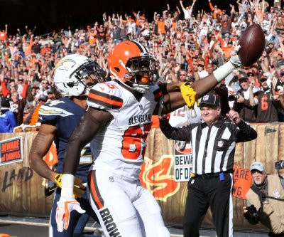 Cleveland Browns place TE David Njoku on injured reserve