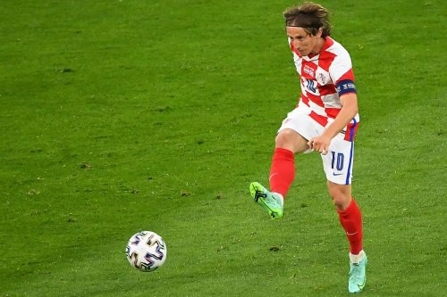 Euro 2020 soccer: Croatia's Luka Modric nets outside-the-foot laser goal vs. Scotland