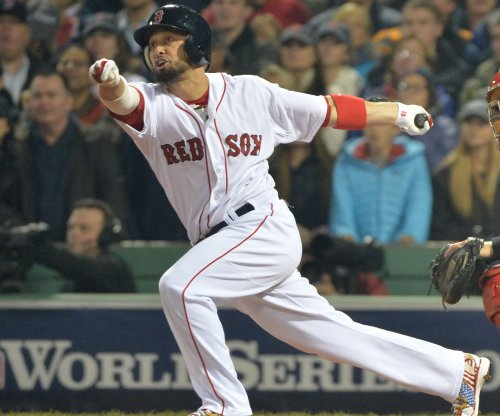 Boston Red Sox trade OF Shane Victorino to Los Angeles Angels
