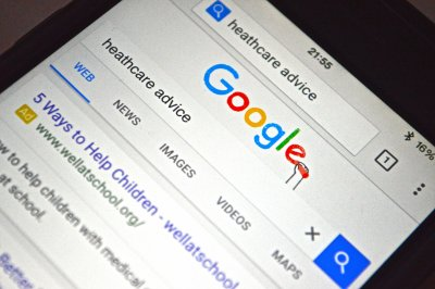 Google health-related searches double a week before ER visit, study says