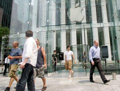 iTunes hits 10 billion-song milestone