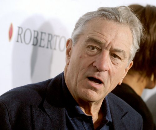 'Goodfellas' stars Robert De Niro, Ray Liotta, Lorraine Bracco reunite for Tribeca's closing night
