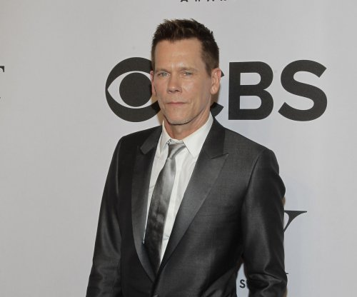 Kevin Bacon looks unrecognizable in selfie