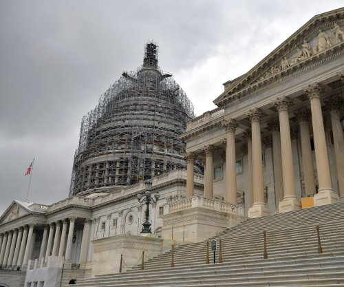Congress averts shutdown with hours to spare, no action against Planned Parenthood