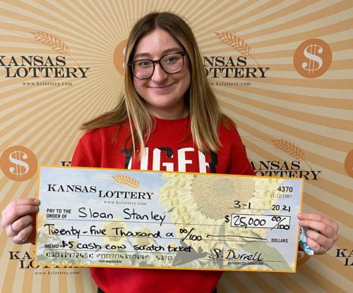 Kansas 18-year-old wins $25,000 from her first lottery ticket