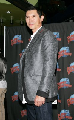 Lou Diamond Phillips wins Imagen Award