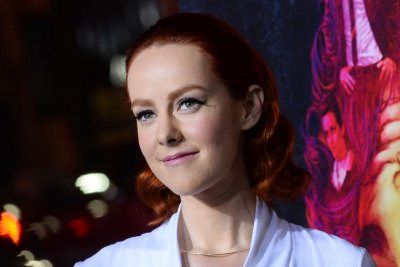 Jena Malone, Riley Keough to star in 'Lovesong'