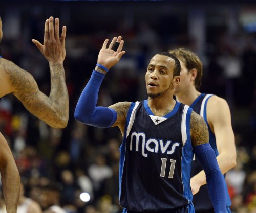 Dallas Mavericks top Sacramento Kings in OT