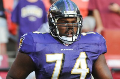 Titans cut Michael Oher, right tackle of 'Blind Side' fame