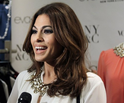 Ryan Gosling says Eva Mendes 'wore a lot of hats' on set of 'Lost River'