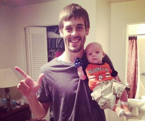 Jill Duggar, Derick Dillard share new photos of son Israel