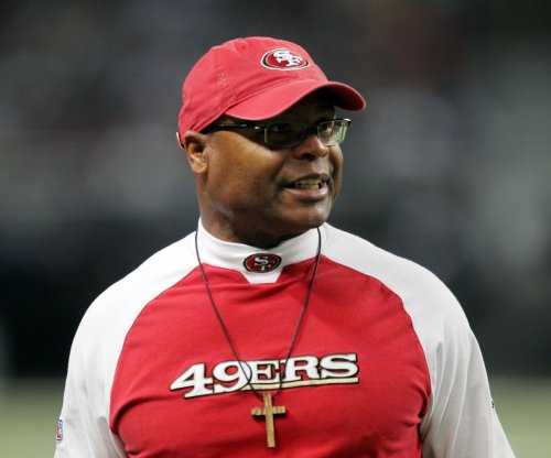 Mike Singletary added to Los Angeles Rams defensive staff