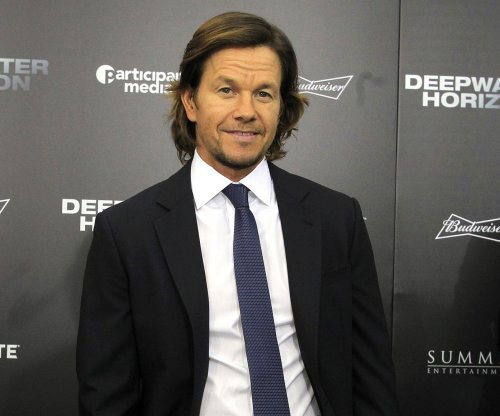 Mark Wahlberg joins basketball fantasy camp comedy 'Ballers' with LeBron James