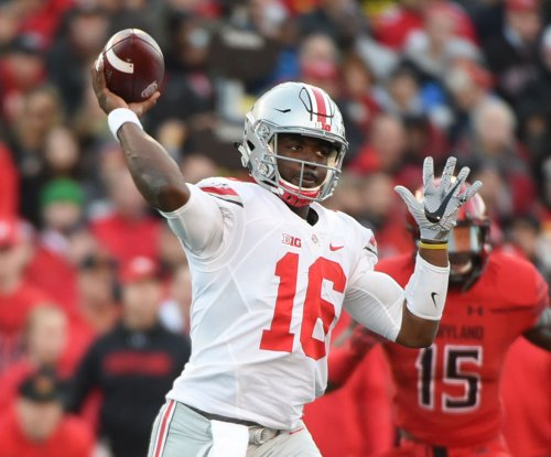 Ohio State Buckeyes QB J.T. Barrett game-time decision vs. Wisconsin Badgers